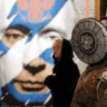 una-mujer-visita-el-museo-de-arte-ultramoderno-en-moscu-efe-1