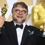guillermo-del-toro-estatuillas-ap